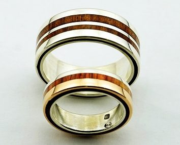 bague 8 en, wood rings, wood ring, wedding ring wood, wood wedding bands, wood engagement ring, unique engagement ring unique wedding ring,  wedding rings, precious wood, wood and silver , wood and gold,  designer wedding rings, designer wedding bands