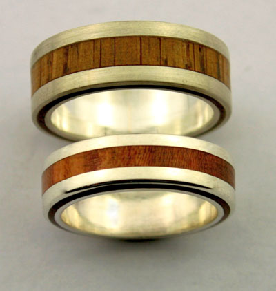 rings / wedding rings